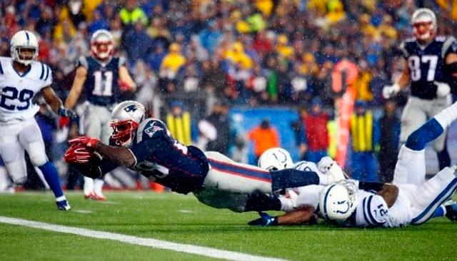 Patriots aplastan a Colts y se enfrentarán a Seahawks en el Super Bowl