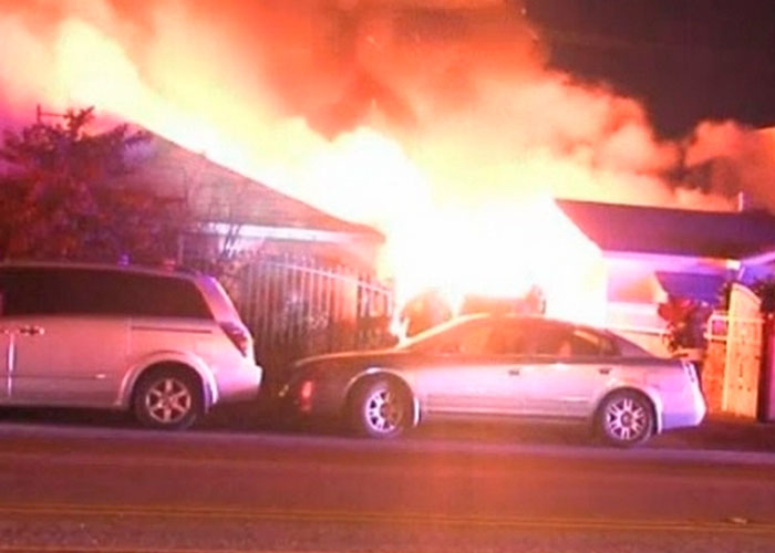 Más de 20 se quedan sin hogar tras incendio masivo