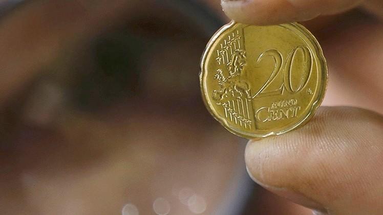 El valor de euro cae por debajo del nivel que tenía el año de su nacimiento