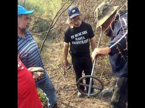 Familiares hallaron 39 cuerpos en fosas de Iguala en dos meses