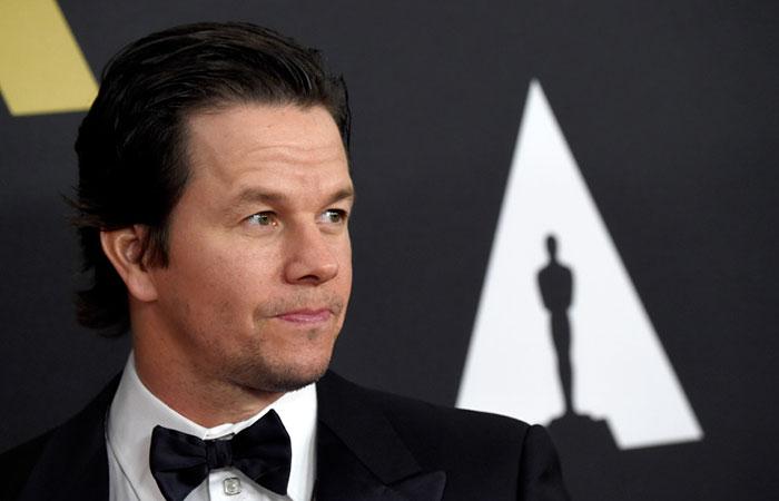 Víctima de Mark Wahlberg pide que no sea perdonado
