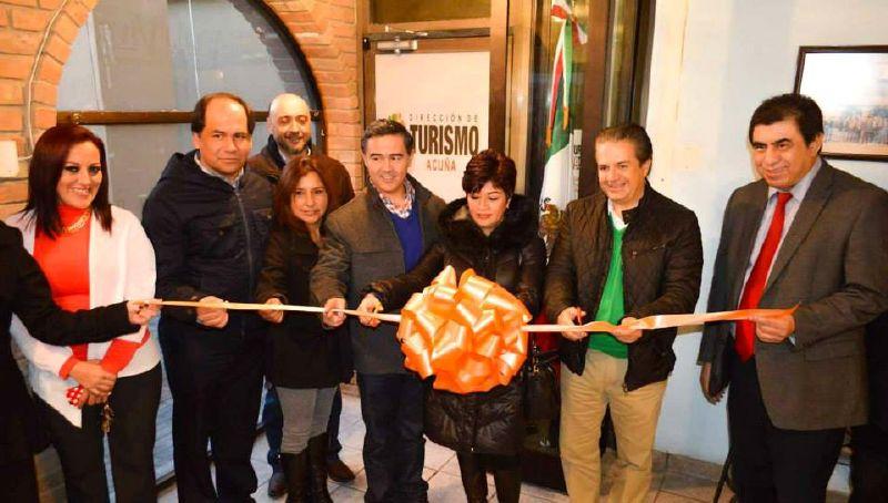 Inaugura Lenin Pérez nuevas oficinas de Turismo en Acuña.