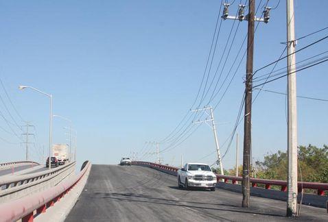 Presidente de Consejo Ciudadano gana con puente defectuoso