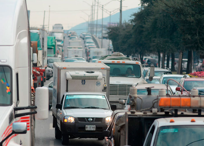 Pierden regios 22% de su tiempo en el tráfico