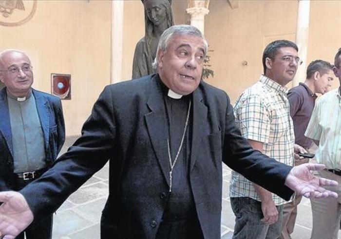 Más de 10 sacerdotes pederastas en España podrán escapar de la justicia