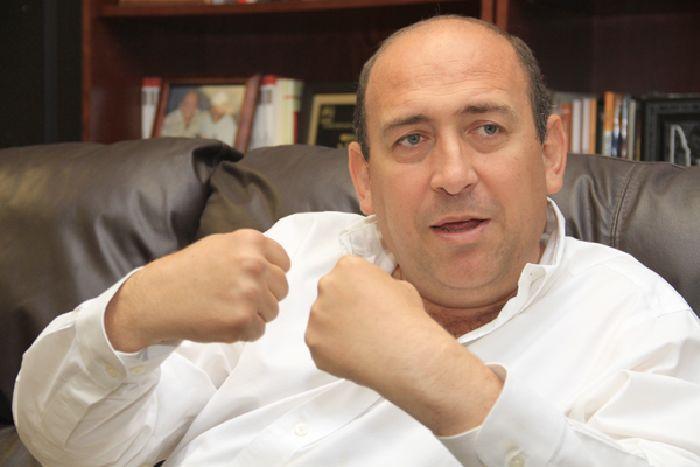 Amarrarán las manos a Rubén Moreira para evitar siga endeudando a Coahuila
