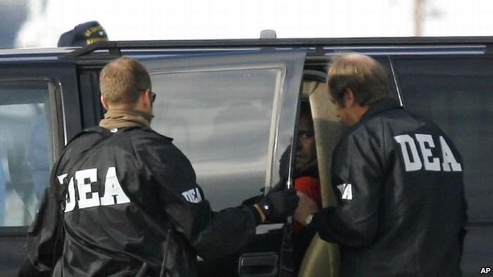 Reporte revela mala conducta de agentes de la DEA