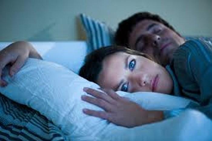 El insomnio reduce el deseo sexual y propicia divorcios
