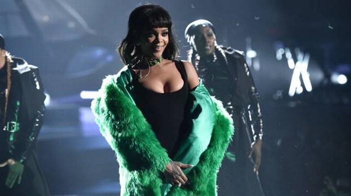 Rihanna desmiente rumores de romance con Leonardo DiCaprio
