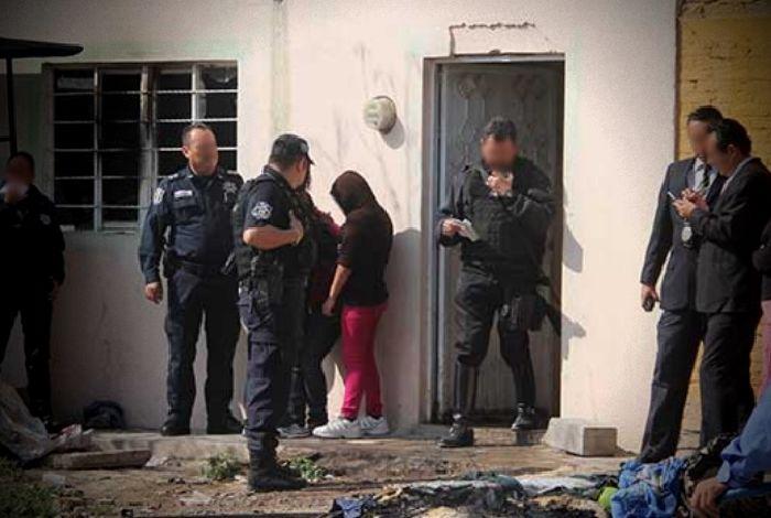 Muere bebé al quemarse su vivienda; lo habían dejado solo
