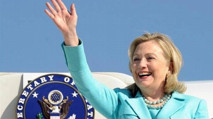 Desaíra Hillary Clinton a Peña Nieto