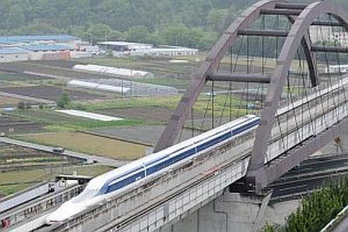 Tren japonés batió su propio récord y alcanzó 603 km/h