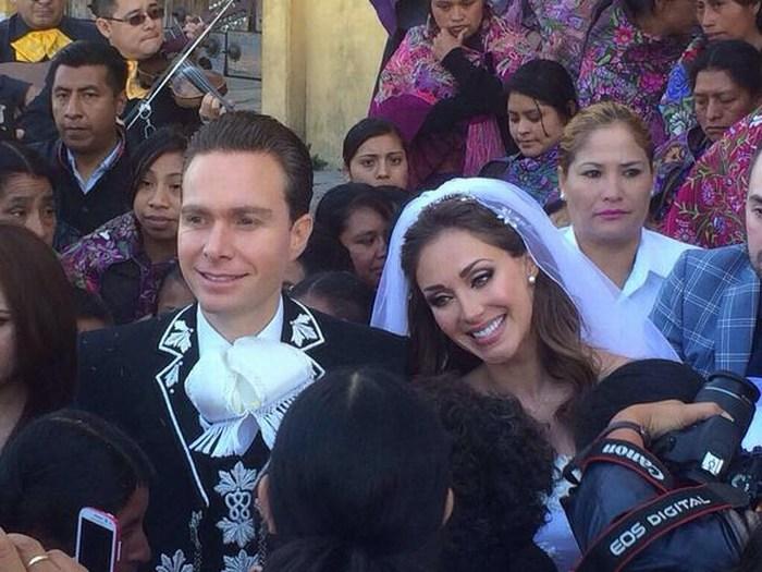 Se casan Gobernador de Chiapas Manuel Velasco y Anahí