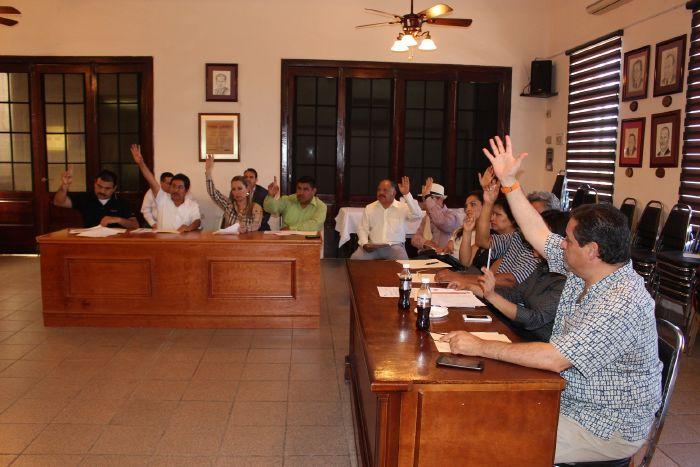 Sabinas: Cabildo aprueba cuenta pública del primer trimestre del año y autoriza rifa de auto en festejo del Día de las Madres
