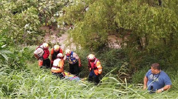Al menos dos personas mueren por los efectos de las lluvias en Nuevo León