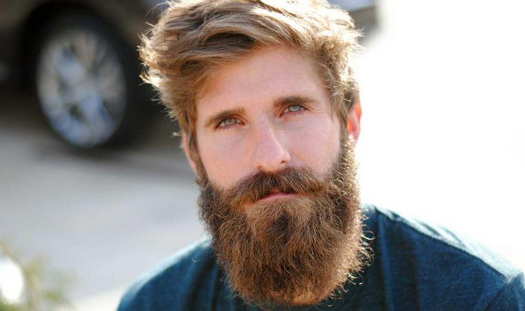 Científicos: La barba contiene más bacterias de escremento que un baño.