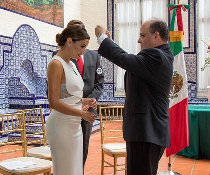 Soy 100% mexicana y 100% americana: Longoria