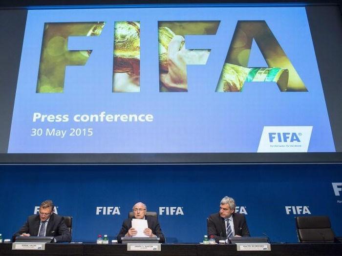 FIFA mantiene plazas por continente para los Mundiales de 2018 y 2022