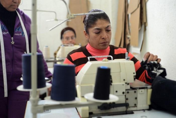 Saltillo: Ofrece Biblioparque Norte clases de bisutería, corte y confección