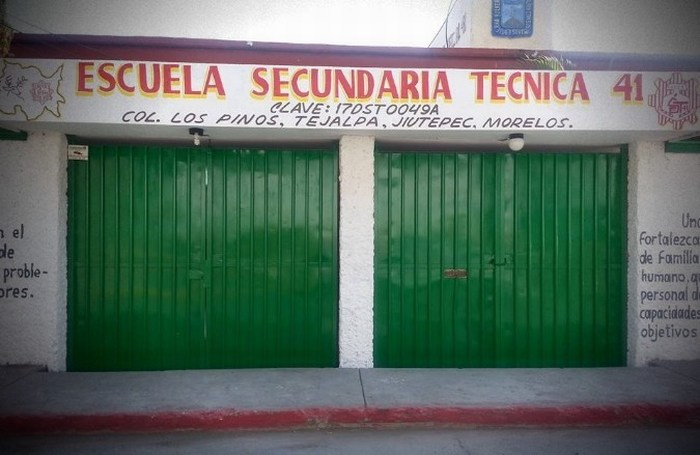 Estudiante de Secundaria se enojó porque lo reprendió el director y lo agarró a balazos