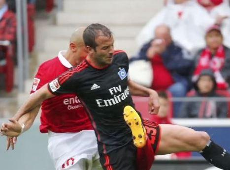 VIDEO: Futbolista sufre pérdida total de rodilla