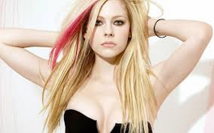 Avril Lavigne 2015 NEW HD wallpapers qualty wallpaper
