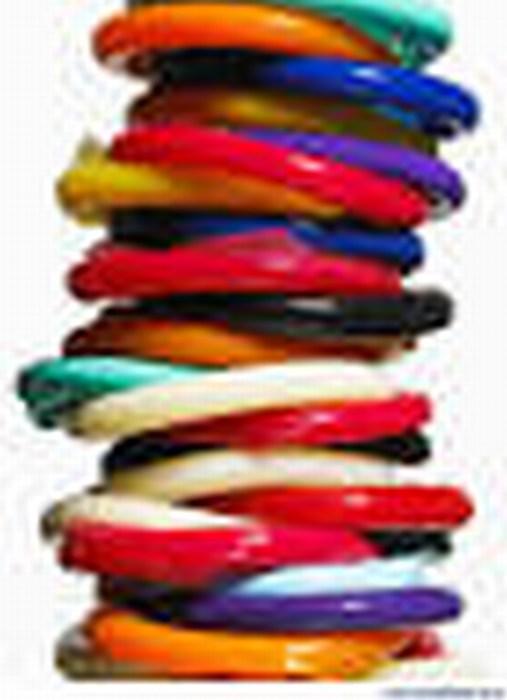 Jóvenes inventan condón que cambia de color si detecta infecciones de transmisión sexual