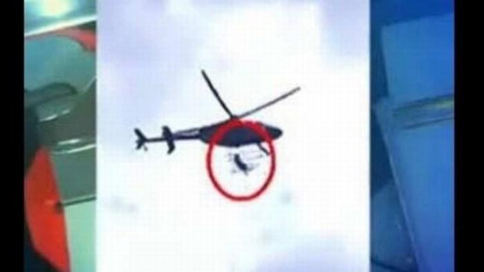 Policía cae de helicóptero durante demostración
