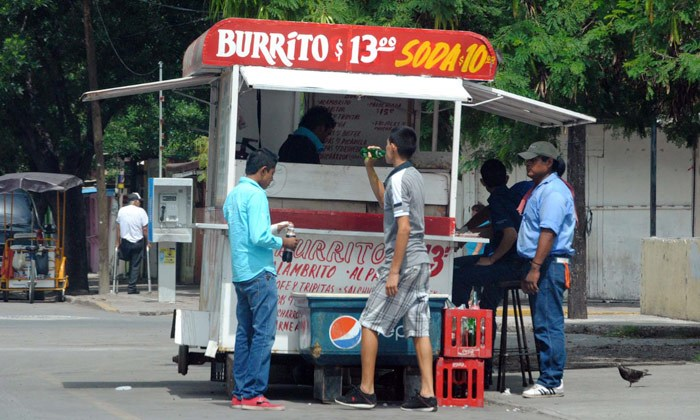 Indigna IVA a tacos y burritos