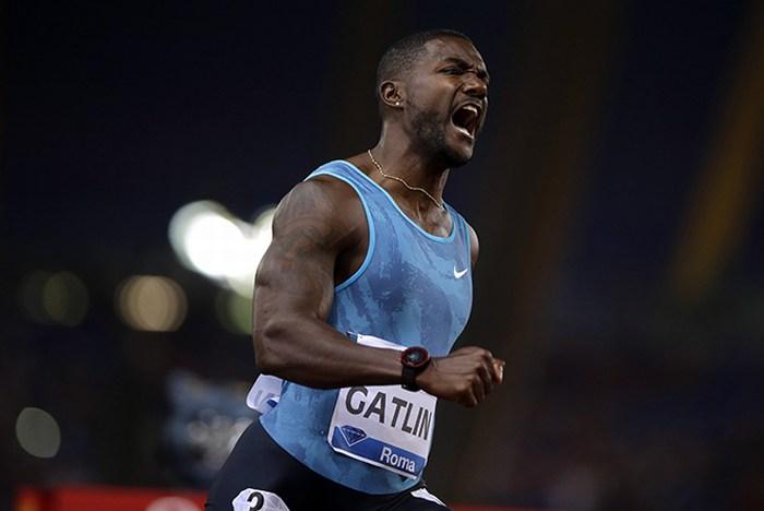Justin Gatlin logra el mejor tiempo del año en los 100 metros planos