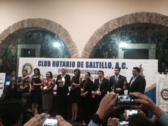 Saltillo: Entregan Presea Rotario 2015