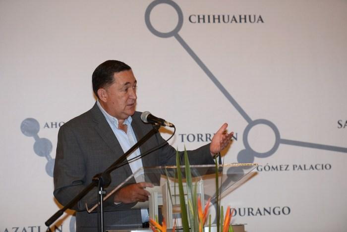 Saltillo: Inaugura Isidro encuentro para fortalecer la economía