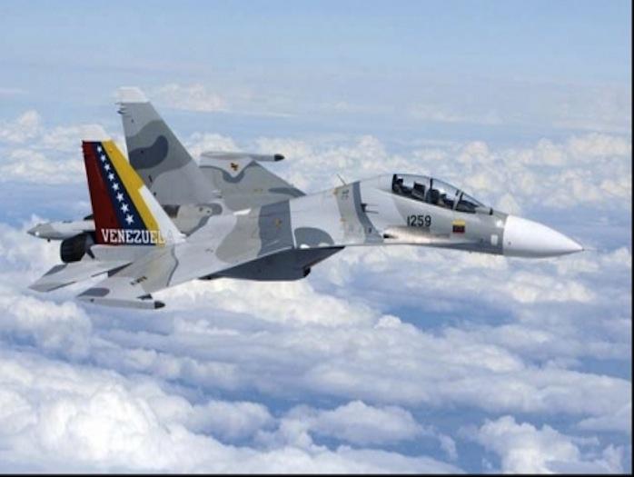 Gobierno de Venezuela investiga caída de avión de combate en la frontera con Colombia