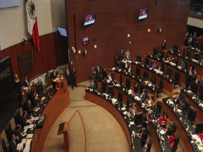 Propone Cervantes analizar si México necesita una nueva Constitución