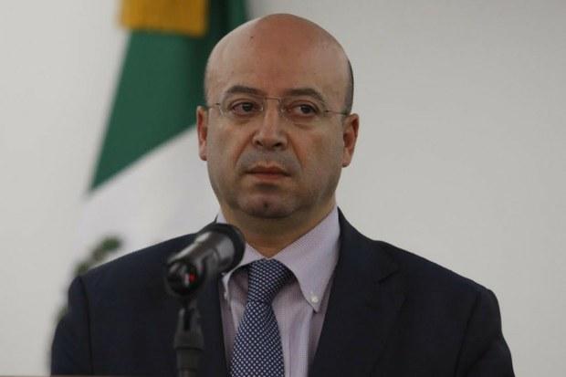 """Recibe CNS a familiares de policías detenidos por fuga del """"Chapo"""""""