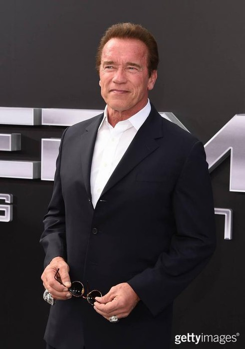 Arnold Schwarzenegger regresa a la televisión, ahora será un terapeuta
