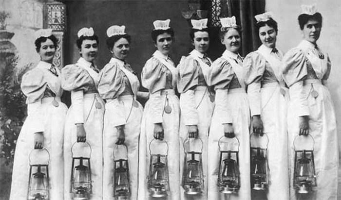 En 1887 las enfermeras tenían que seguir estas 9 reglas… ¡La última es escandalosa!