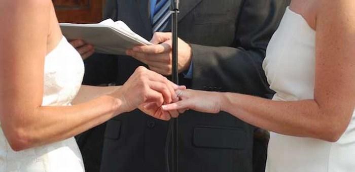 Otorgan amparo para casarse a nueve parejas gay de Jalisco