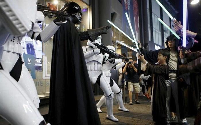 Nueva película de Star Wars recauda 14.1 mdd en lanzamiento