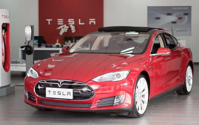 Tesla Motors ya está oficialmente en México