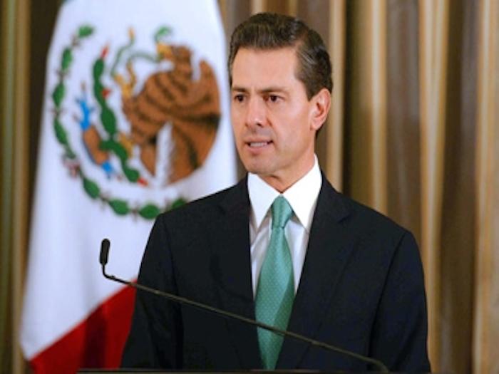 Precio del dólar no tiene que ver con desempeño económico propio: Peña Nieto