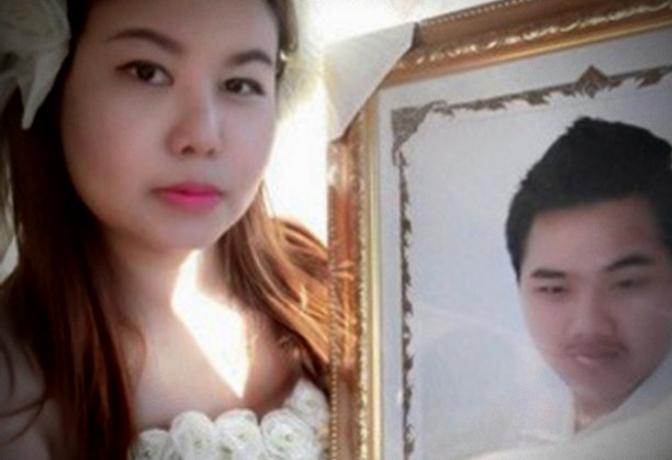 Se casa… ¡con novio muerto!