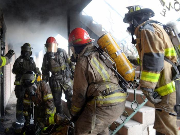 Tiene Bomberos Saltillo grupo élite para rescate de otros bomberos.