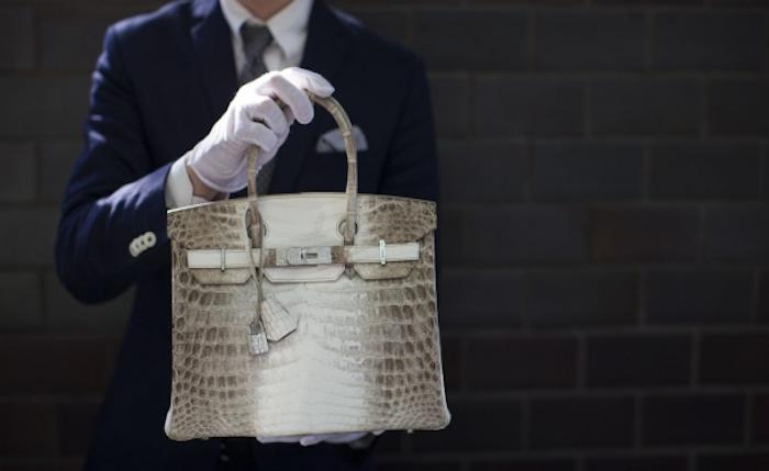 Christie's subasta el bolso más caro del mundo