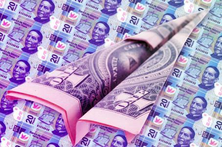 Dólar llega a 19.48 pesos en bancos