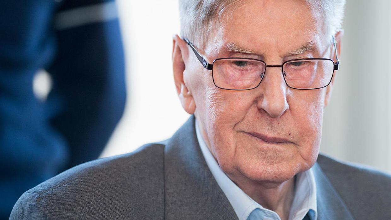 Ex guardia nazi es condenado a cinco años de cárcel por la muerte de 170,000 judíos