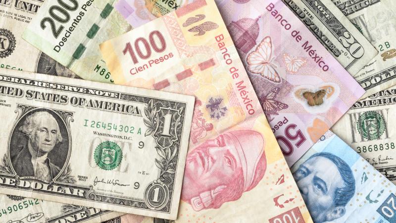El peso gana terreno frente al dólar tras decisión del banco de inglaterra