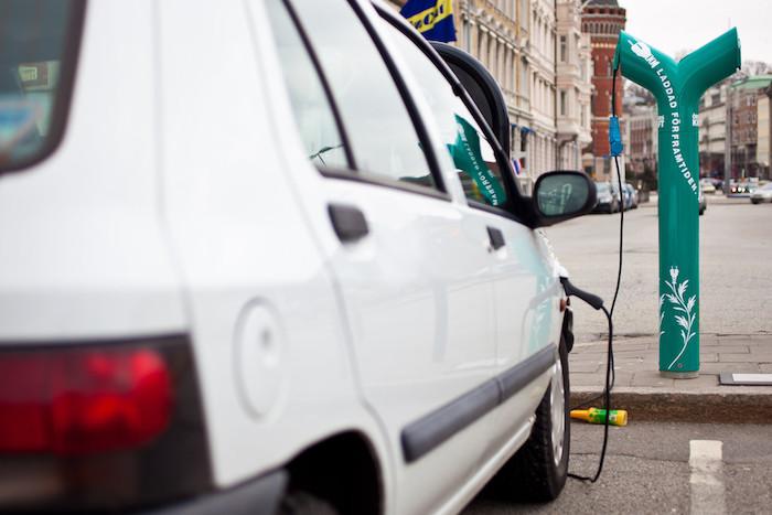 CFE proporcionará medidores especiales a quienes cuenten con un coche eléctrico