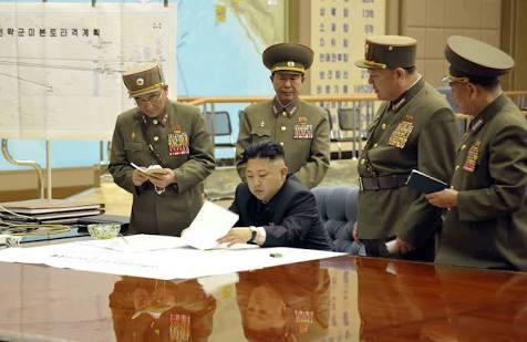 Pyongyang se mofa de los vuelos de bombarderos de EE.UU. y lanza una advertencia