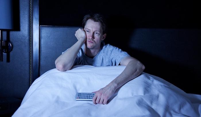 4 razones que te mantienen despierto por las noches